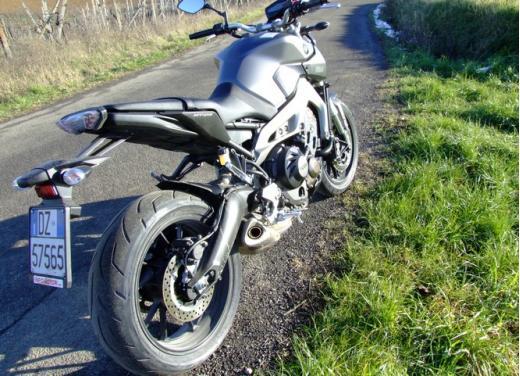 Yamaha MT-09 prova su strada - Foto 25 di 52