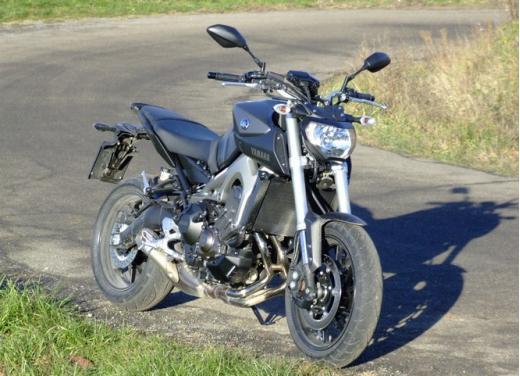 Yamaha MT-09 prova su strada - Foto 30 di 52