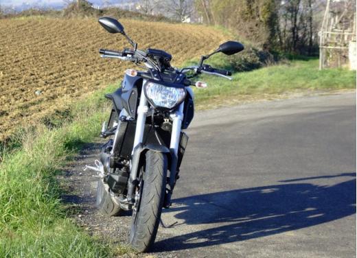Yamaha MT-09 prova su strada - Foto 39 di 52