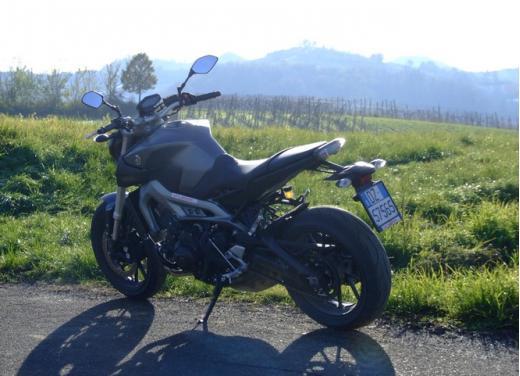 Yamaha MT-09 prova su strada - Foto 41 di 52