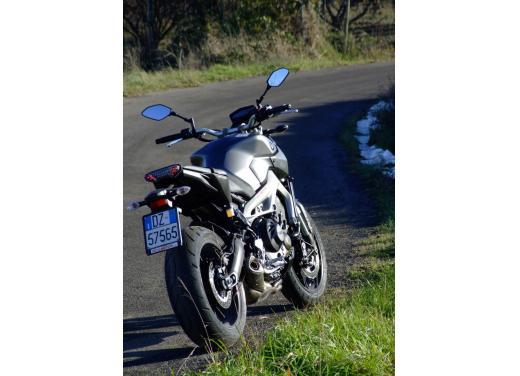 Yamaha MT-09 prova su strada - Foto 45 di 52