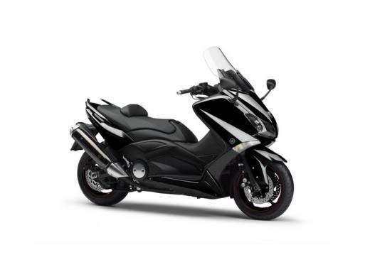 Yamaha T-Max, il maxiscooter si conferma al vertice delle vendite - Foto 2 di 5