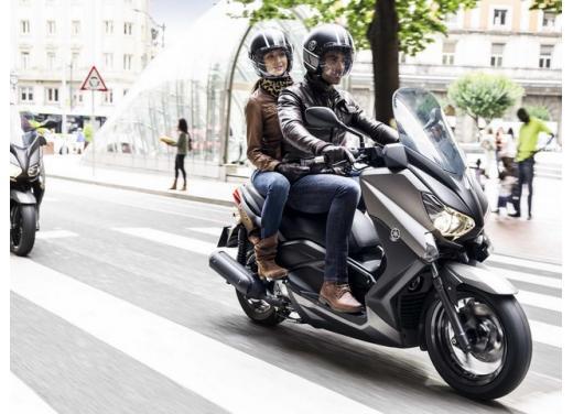 Yamaha X-Max 250, design e prestazioni da vero scooter sportivo - Foto 3 di 5