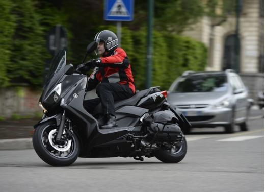Yamaha X-Max 400: cittadino, sportivo e viaggiatore - Foto 2 di 41
