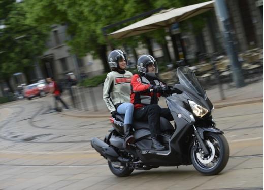 Yamaha X-Max 400: cittadino, sportivo e viaggiatore - Foto 8 di 41