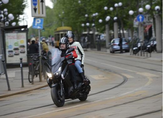 Yamaha X-Max 400: cittadino, sportivo e viaggiatore - Foto 9 di 41