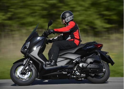 Yamaha X-Max 400: cittadino, sportivo e viaggiatore - Foto 1 di 41