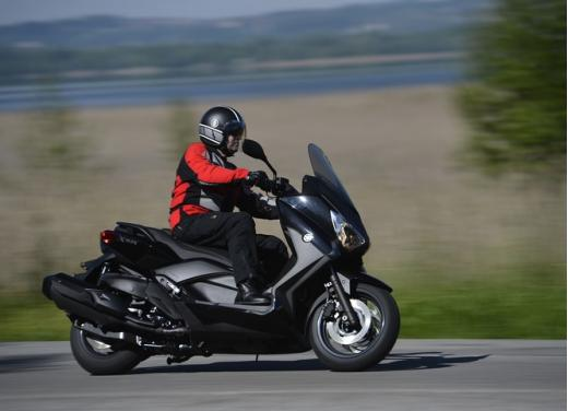 Yamaha X-Max 400: cittadino, sportivo e viaggiatore - Foto 12 di 41
