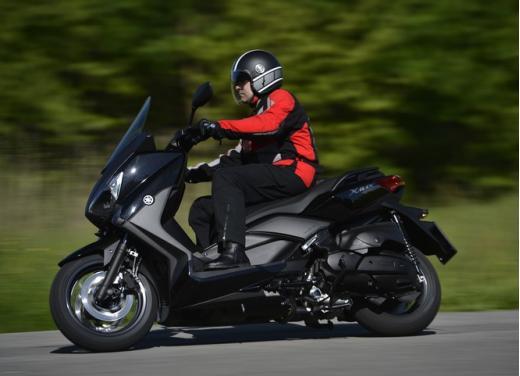 Yamaha X-Max 400: cittadino, sportivo e viaggiatore - Foto 13 di 41