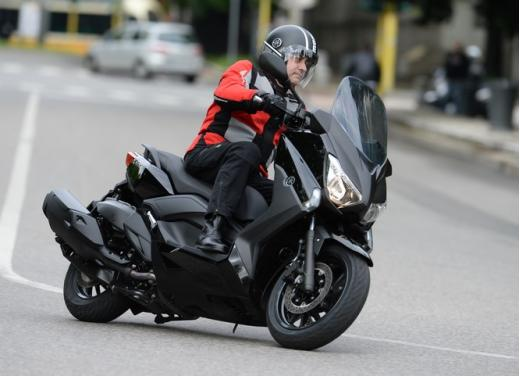 Yamaha X-Max 400: cittadino, sportivo e viaggiatore - Foto 19 di 41