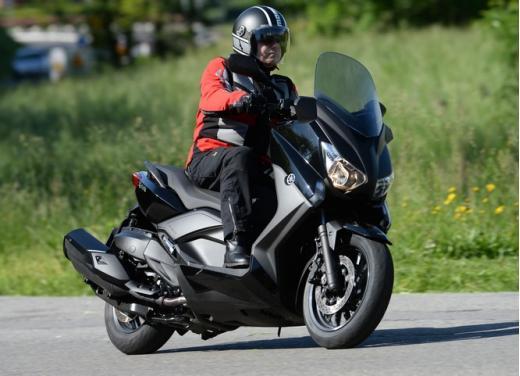Yamaha X-Max 400: cittadino, sportivo e viaggiatore - Foto 26 di 41
