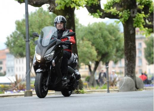 Yamaha X-Max 400: cittadino, sportivo e viaggiatore - Foto 27 di 41