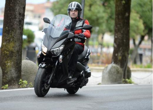 Yamaha X-Max 400: cittadino, sportivo e viaggiatore - Foto 28 di 41