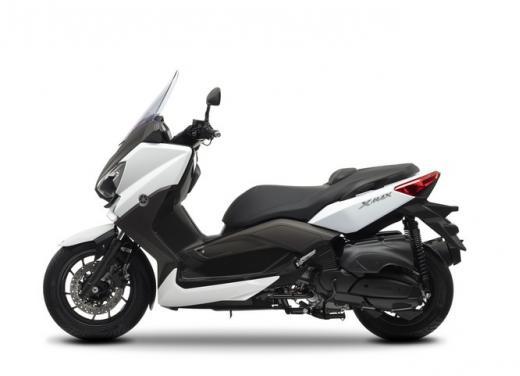 Yamaha X-Max 400: cittadino, sportivo e viaggiatore - Foto 38 di 41