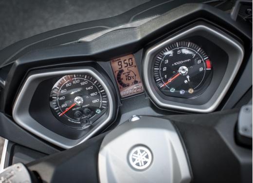 Yamaha X-Max 400: cittadino, sportivo e viaggiatore - Foto 40 di 41