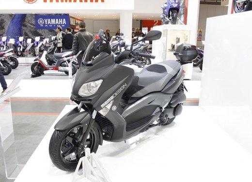 Yamaha X-Max 250 Momodesign - Foto 10 di 10
