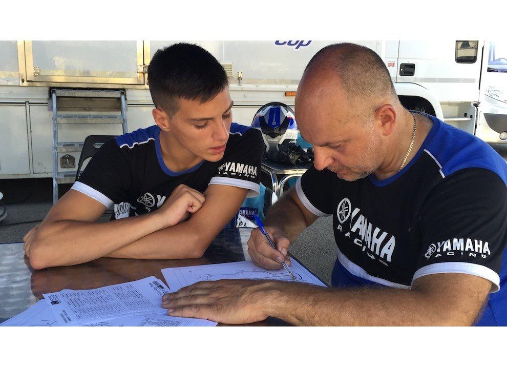 Yamaha YZF R3 al Mugello con AG Motorsport Italia - Foto 4 di 14