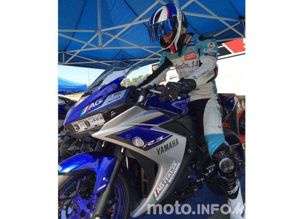 Yamaha YZF R3 al Mugello con AG Motorsport Italia - Foto 2 di 14
