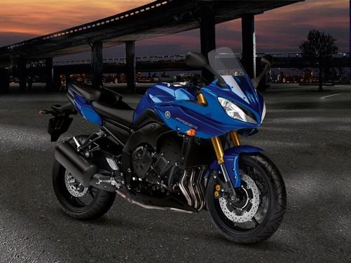 Yamaha Fazer8