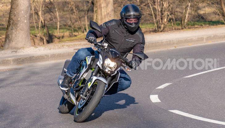 Kawasaki Z125 MY 2019: caratteristiche, opinioni e prezzo - Foto 38 di 43