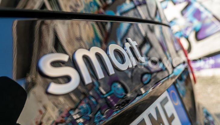 Prova Smart EQ fortwo: tutti i pregi della Smart con i vantaggi dell'elettrico - Foto 13 di 53