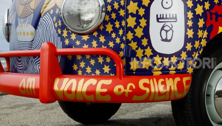 Volkswagen Bulli Light, replica dell'icona di Woodstock - Foto 5 di 20