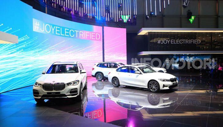 Nuova BMW Serie 7 2019: un restyling imperioso per l'ammiraglia tedesca - Foto 30 di 43
