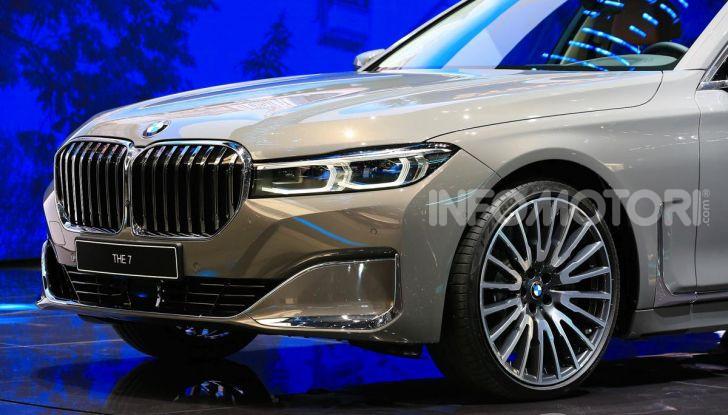 Nuova BMW Serie 7 2019: un restyling imperioso per l'ammiraglia tedesca - Foto 42 di 43