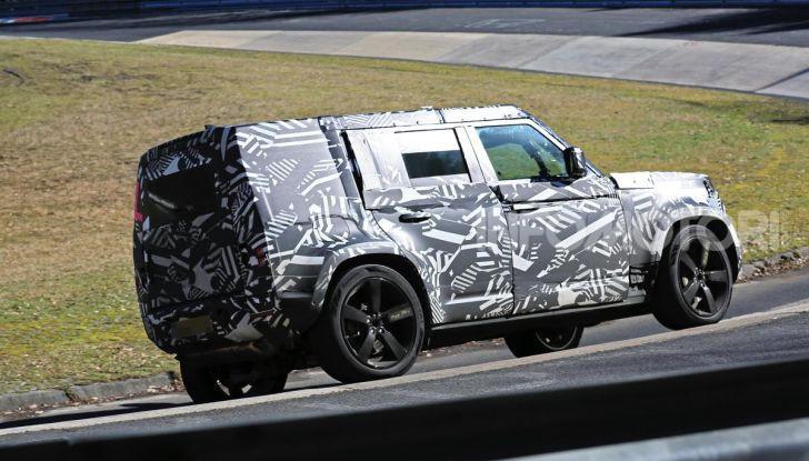 Nuova Land Rover Defender 2020, nuove immagini dei test dinamici - Foto 6 di 18