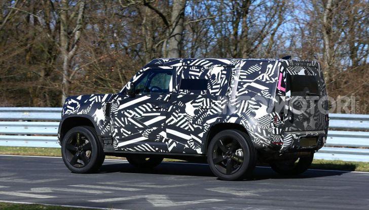 Nuova Land Rover Defender 2020, nuove immagini dei test dinamici - Foto 11 di 18