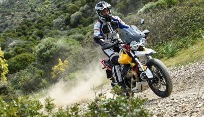 Prova su strada Moto Guzzi V85TT: caratteristiche, prezzo e opinioni