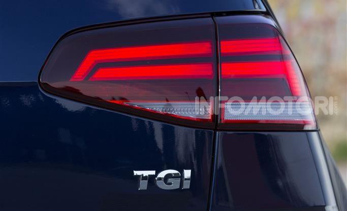 [VIDEO] Prova Volkswagen Golf TGI: La Strada in Streaming! - Foto 27 di 33