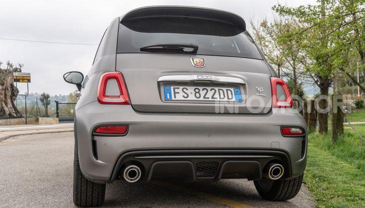 [VIDEO] Prova Abarth 595 Turismo: potenza e stile per la piccola sportiva italiana - Foto 8 di 41