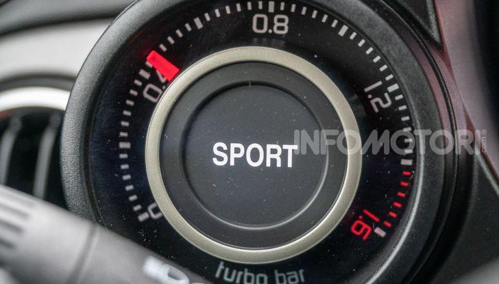 [VIDEO] Prova Abarth 595 Turismo: potenza e stile per la piccola sportiva italiana - Foto 19 di 41
