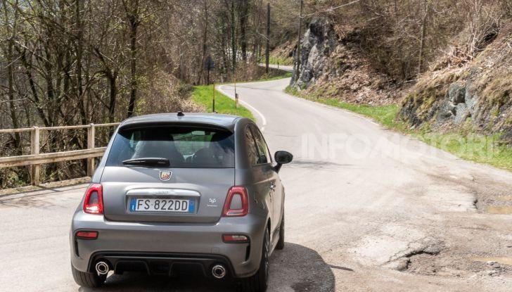 [VIDEO] Prova Abarth 595 Turismo: potenza e stile per la piccola sportiva italiana - Foto 30 di 41