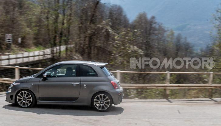 [VIDEO] Prova Abarth 595 Turismo: potenza e stile per la piccola sportiva italiana - Foto 32 di 41