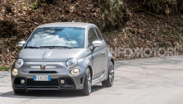 [VIDEO] Prova Abarth 595 Turismo: potenza e stile per la piccola sportiva italiana - Foto 33 di 41