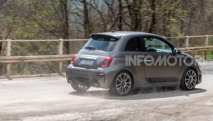 [VIDEO] Prova Abarth 595 Turismo: potenza e stile per la piccola sportiva italiana - Foto 38 di 41