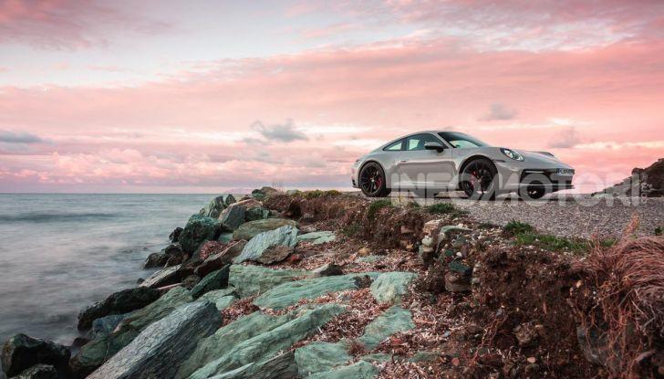 [VIDEO] Nuova Porsche 911 (992): Prova su strada in Corsica della nuova Carrera S - Foto 46 di 69