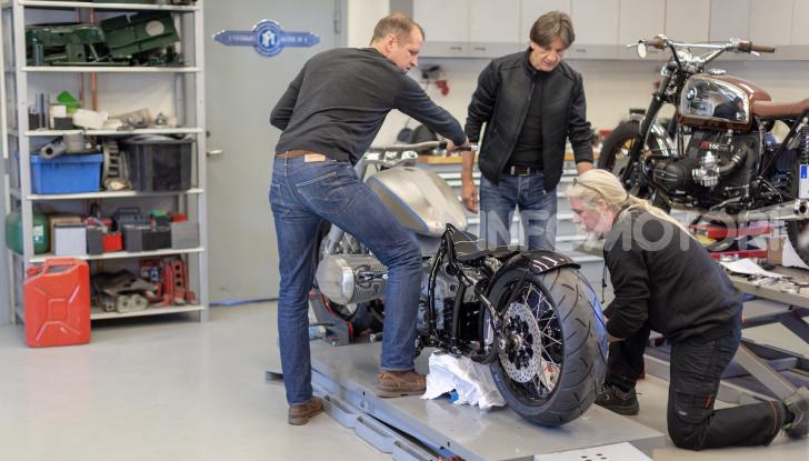 BMW Motorrad Concept R 18: il prototipo custom della casa tedesca ad Eicma 2019 - Foto 2 di 9