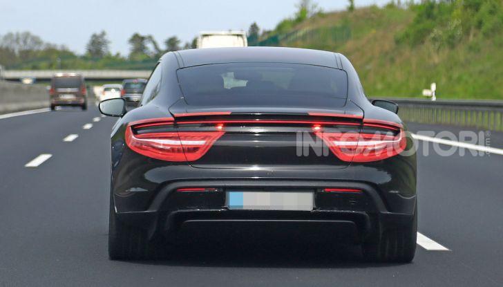 Porsche Taycan, che book: toccate le 30.000 prenotazioni - Foto 12 di 43