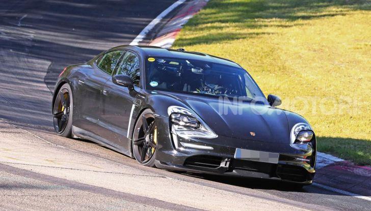 Porsche Taycan, che book: toccate le 30.000 prenotazioni - Foto 1 di 43