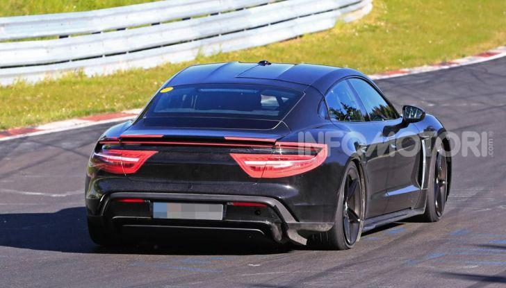 Porsche Taycan, che book: toccate le 30.000 prenotazioni - Foto 8 di 43