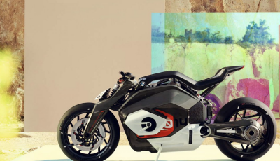 BMW Vision DC Roadster la prima moto elettrica della casa dell'elica