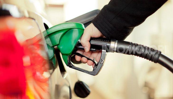 Il rifornimento di carburante si paga con Amazon Alexa - Foto 3 di 10