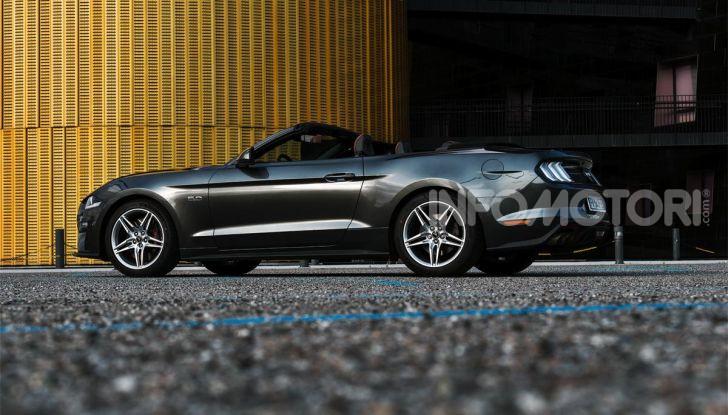 [VIDEO] Prova Ford Mustang da 450CV: Il Cavallo di Razza Americano! - Foto 3 di 36