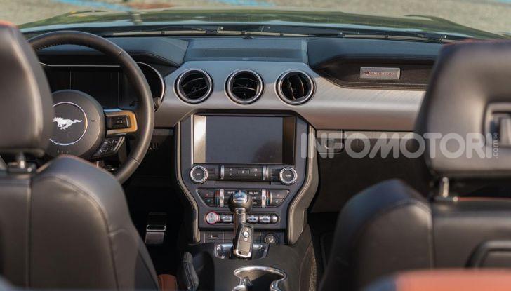 [VIDEO] Prova Ford Mustang da 450CV: Il Cavallo di Razza Americano! - Foto 36 di 36