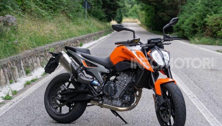 """Prova KTM Duke 790, il """"parcogiochi"""" sotto quota 10 mila (euro)  - Foto 3 di 54"""