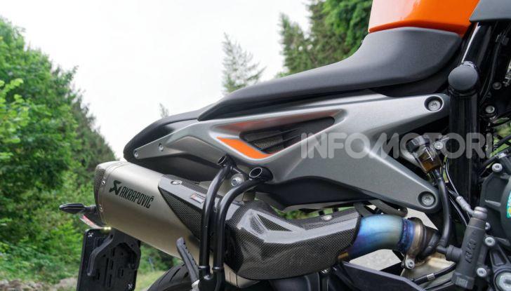 """Prova KTM Duke 790, il """"parcogiochi"""" sotto quota 10 mila (euro)  - Foto 27 di 54"""