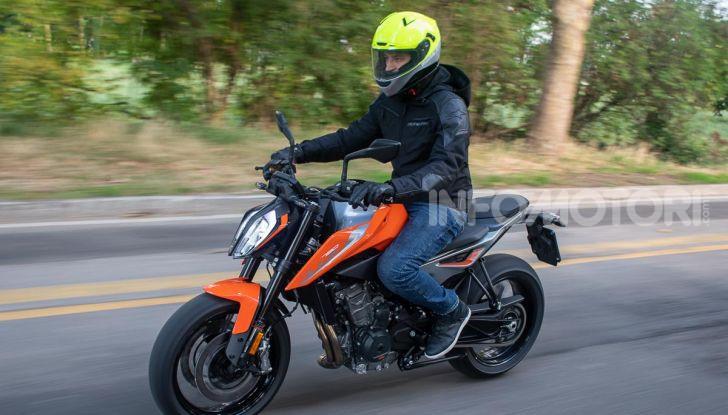 """Prova KTM Duke 790, il """"parcogiochi"""" sotto quota 10 mila (euro)  - Foto 36 di 54"""